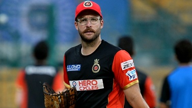 Daniel Vettori will continue to be the head coach of RCB
