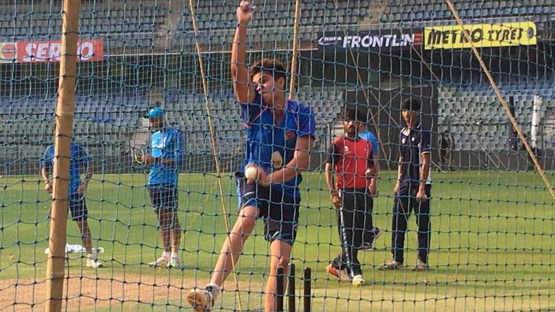 IRE v IND 2018: Watch –Arjun Tendulkar bowls at Virat Kohli and Team India at the nets in London