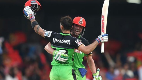 De Villiers, Kohli share details about auction of their 2016 IPL kits for fight against COVID-19