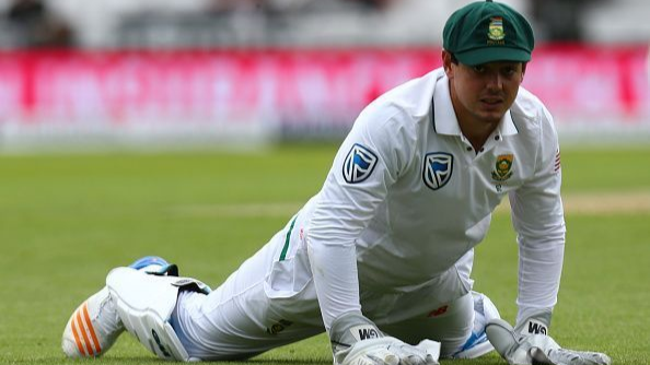 SA v AUS 2018: Watch- A bee stings saves Shaun Marsh from getting stumped by Quinton de Kock