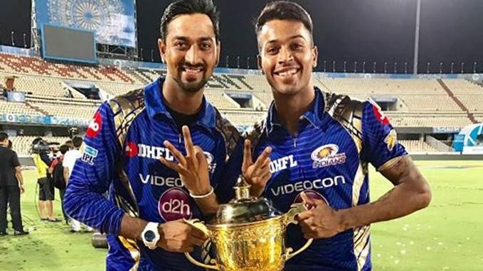 IPL 2018: Sunil Gavaskar writes how Krunal Pandya is a better all-rounder than his brother Hardik