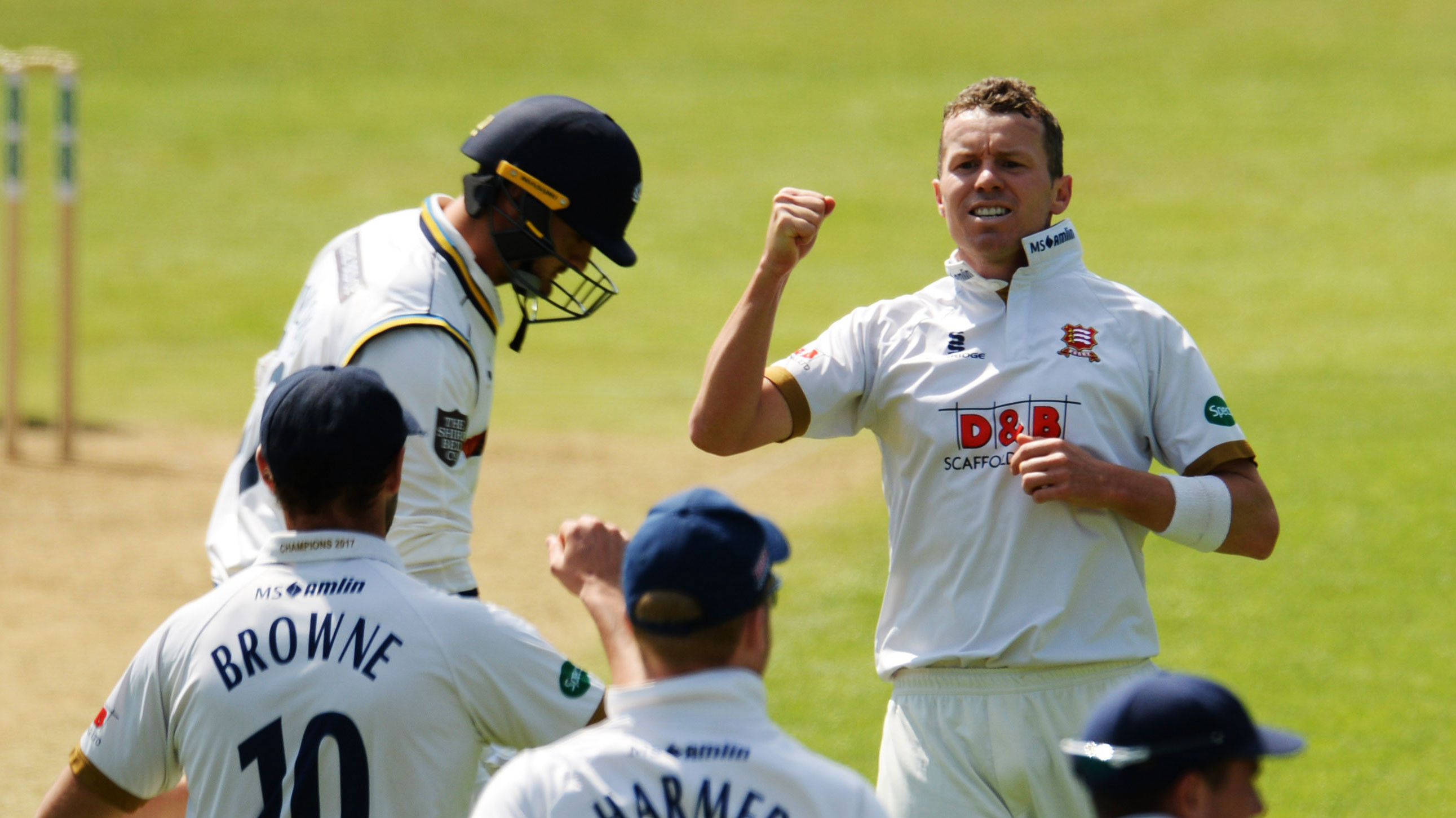 Australia's Peter Siddle signs fresh contract with Essex