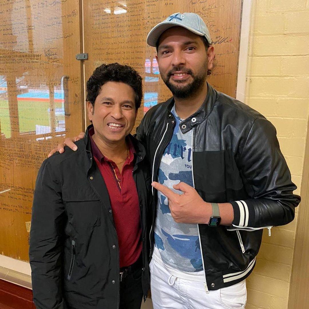 Sachin Tendulkar (L) with Yuvraj Singh (R) | Instagram