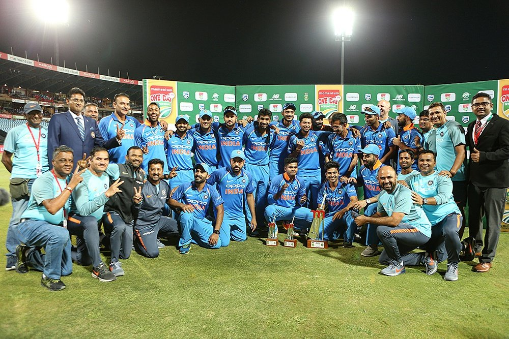 Team India with the Momentum ODI series trophy | BCCI