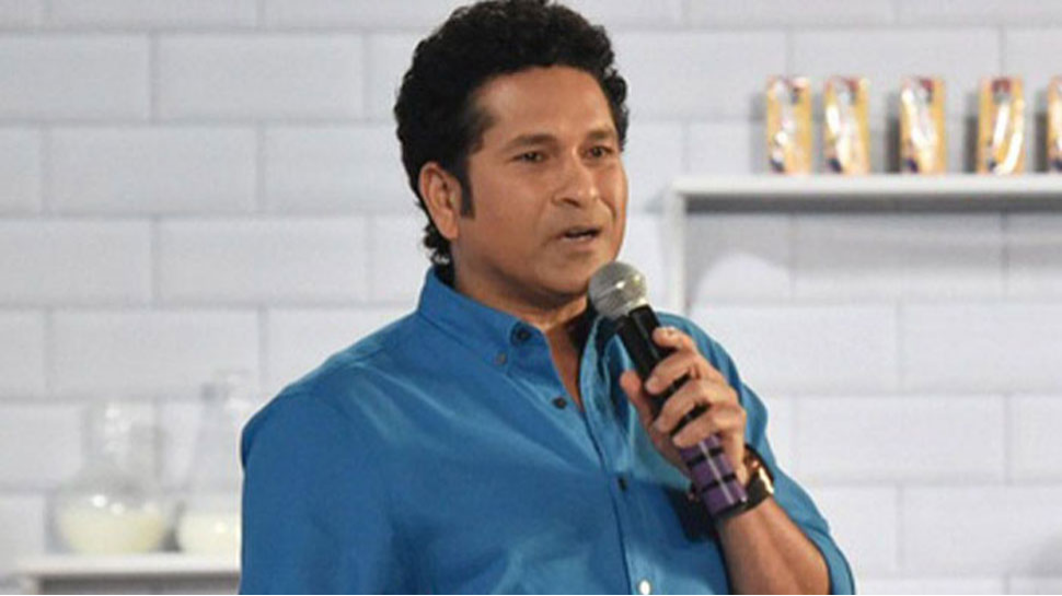 Off-spinners also bowling the leg-break is an advantage says, Sachin Tendulkar