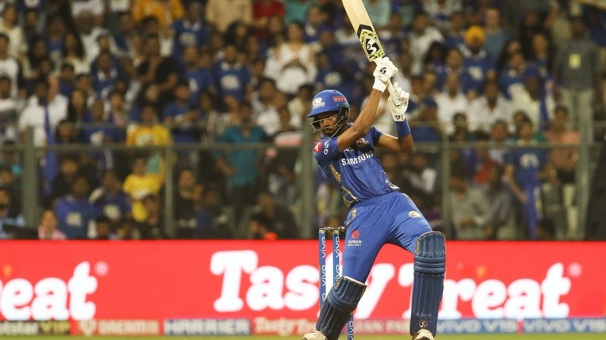 IPL 2019: Twitter reacts in amazement as Hardik Pandya's stellar cameo takes MI to 170 against CSK