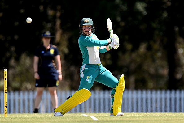 Alyssa Healy bats during a warm-up game | Getty Images