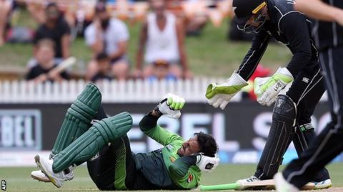Shoaib Malik got hit on the back of his head by the ball and suffered concussions | AFP
