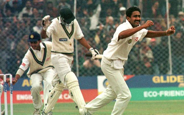 Anil Kumble dismissed Wasim Akram to pick his all 10 against Pakistan in 1999 Delhi Test | Reuters