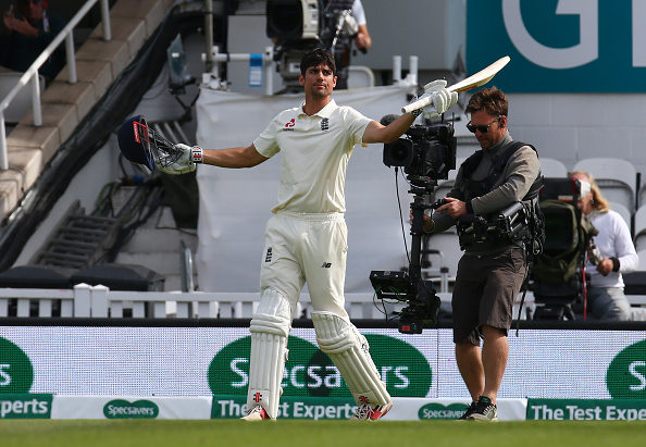 Alastair Cook celebrates his 33rd Test ton | Getty