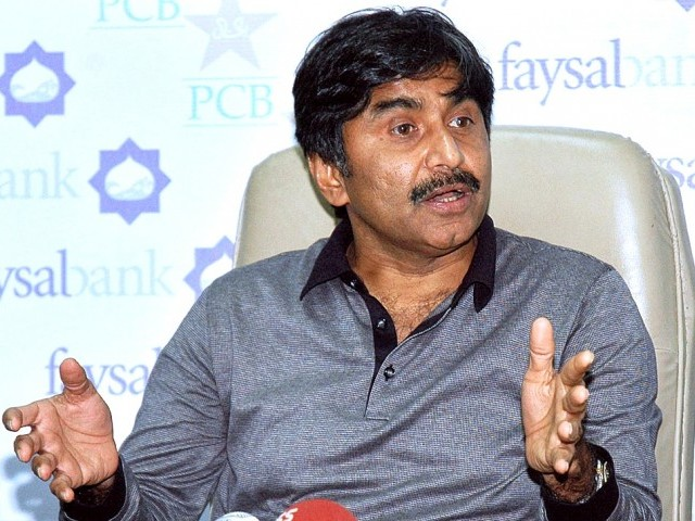 Miandad has asked PCB not to beg BCCI for bilateral ties. (Dawn)