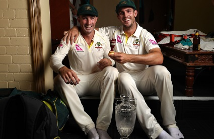 The Marsh brothers poses for a click with Urn | Getty Images