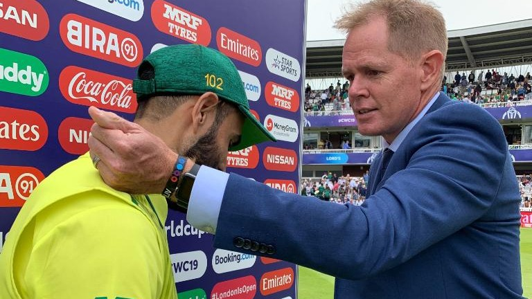 CWC 2019: Shaun Pollock places ladybug on Imran Tahir's shoulder for good luck