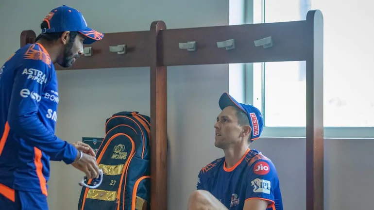 Gambhir has high hopes from Bumrah and Boult in IPL 2020 | MI Twitter