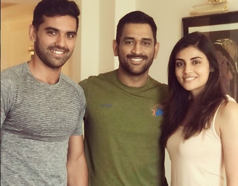 Deepak Chahar with MS Dhoni and Malti Chahar | Instagram