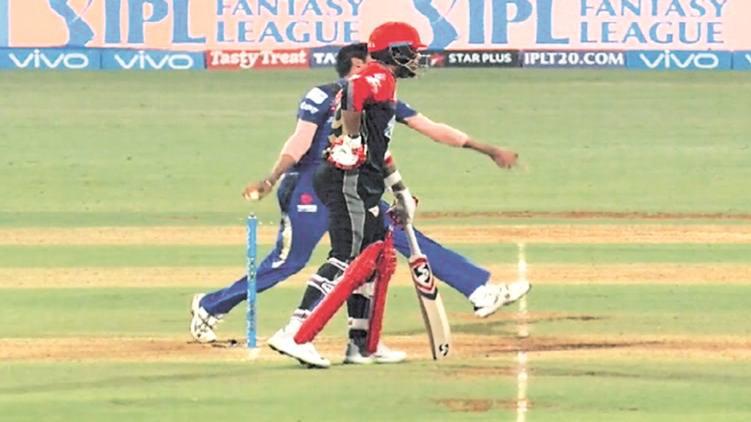 IPL 2018: उमेश यादव के आउट होने पर दिखाया गलत रिप्ले, अब उठ रहे है सवाल