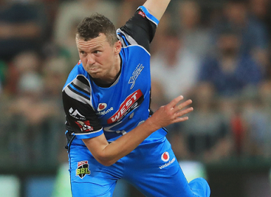 Peter Siddle finished as the most economical bowler in BBL | Getty Images