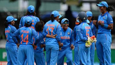 अब भारतीय महिला क्रिकेट टीम के पास भी होगा गेंदबाजी कोच