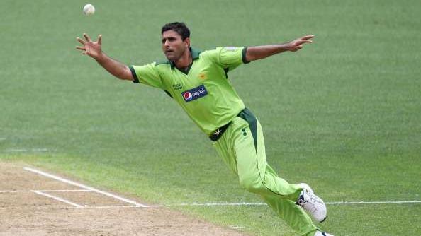 पूर्व पाकिस्तानी ऑलराउंडर अब्दुल रज्जाक प्रथम श्रेणी क्रिकेट में कर रहे हैं वापसी