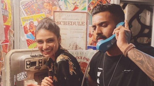 Mayank, Hardik and others respond to KL Rahul's Instagram post with Athiya Shetty