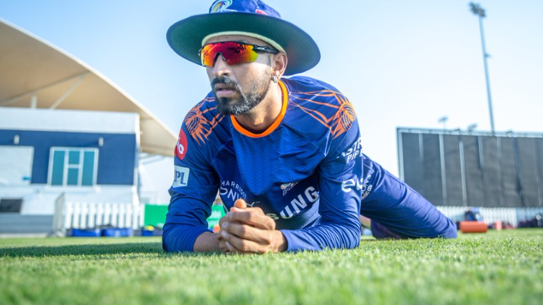 Krunal Pandya stopped at Mumbai Airport over suspicion of possession of undisclosed gold