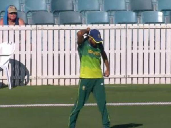 Imran Tahir celebrated a catch without knowing that the ball was a no ball | Twitter