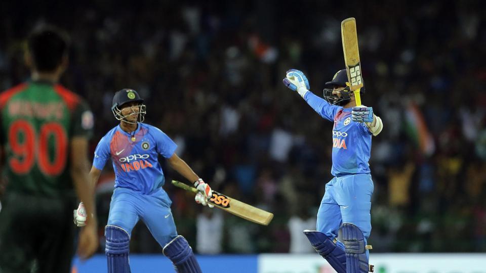 रोहित शर्मा के अनुसार दिनेश कार्तिक नंबर 7 पर बल्लेबाजी के लिए भेजे जाने से थे नाखुश