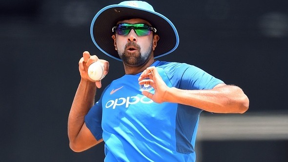 Ashwin comes up with hilarious response when a fan asks him for signed Delhi Capitals jersey