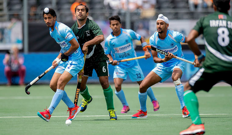 India defeated Pakistan convincingly in Champions Trophy 2018 opener