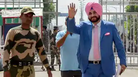 Navjot Singh Sidhu reaches Pakistan for Imran Khan's oath-taking ceremony with