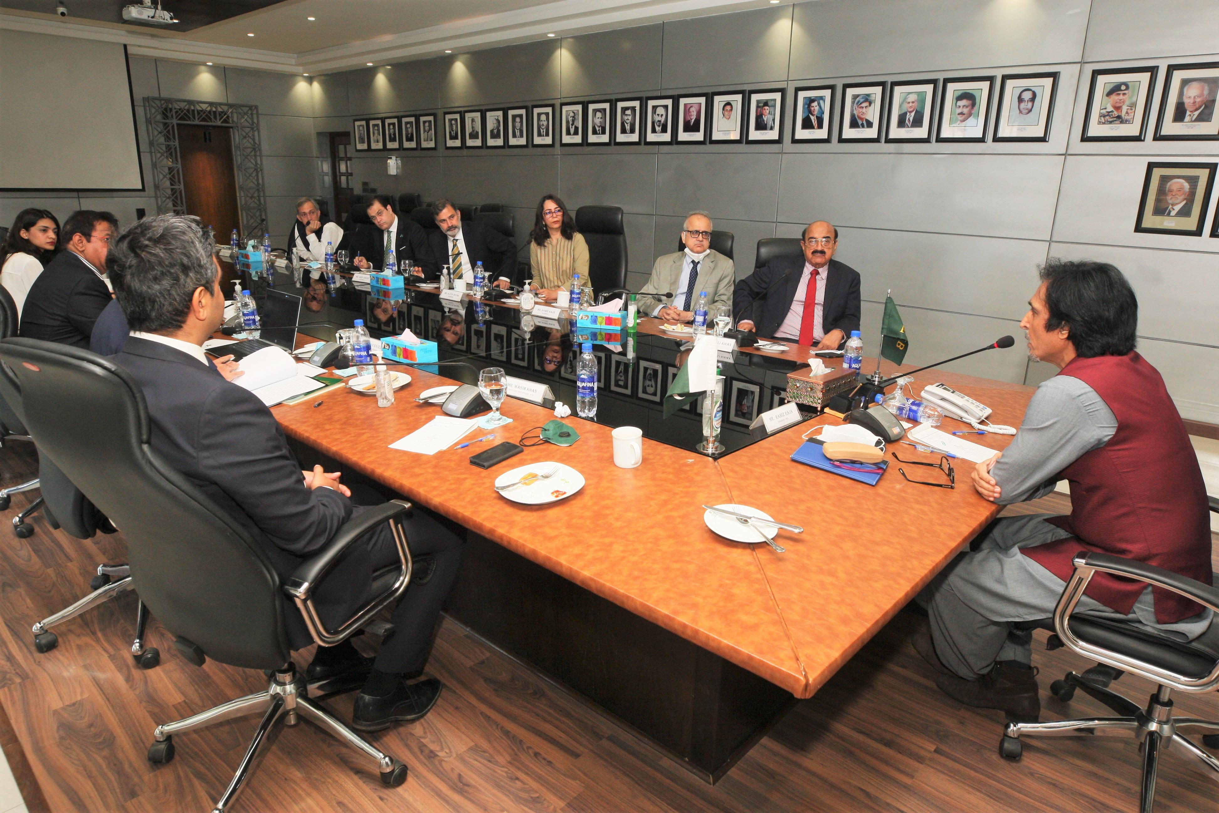 Ramiz Raja at a Special Meeting | PCB Twitter