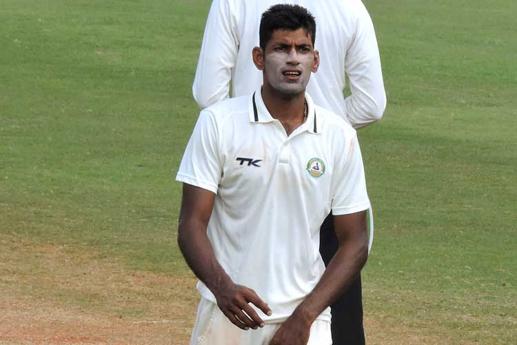 Akshay Wakhare took four wickets to restrict Delhi to 280