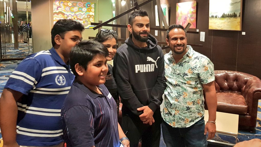 AUS v IND 2018-19: Virat Kohli obliged the fans with pictures in Australia