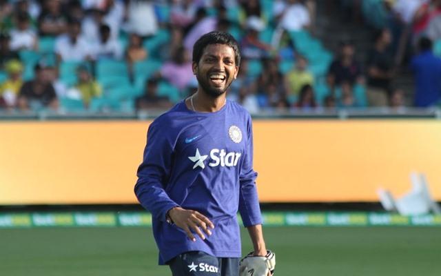 भारतीय थ्रो डाउन विशेषज्ञ डी रघुवेंद्र ने ईसीबी की पेशकशों को किया अस्वीकार