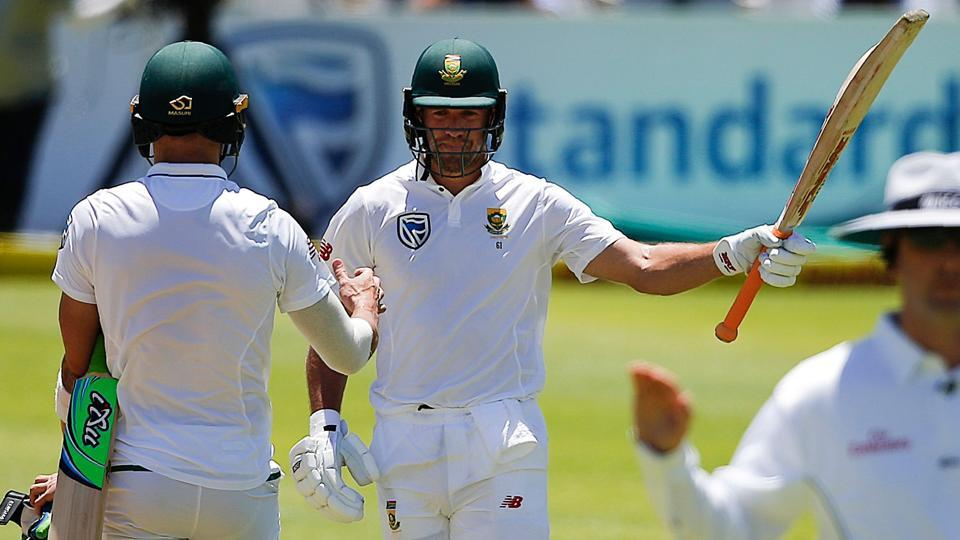 AB de Villiers top scored for South Africa in both innings