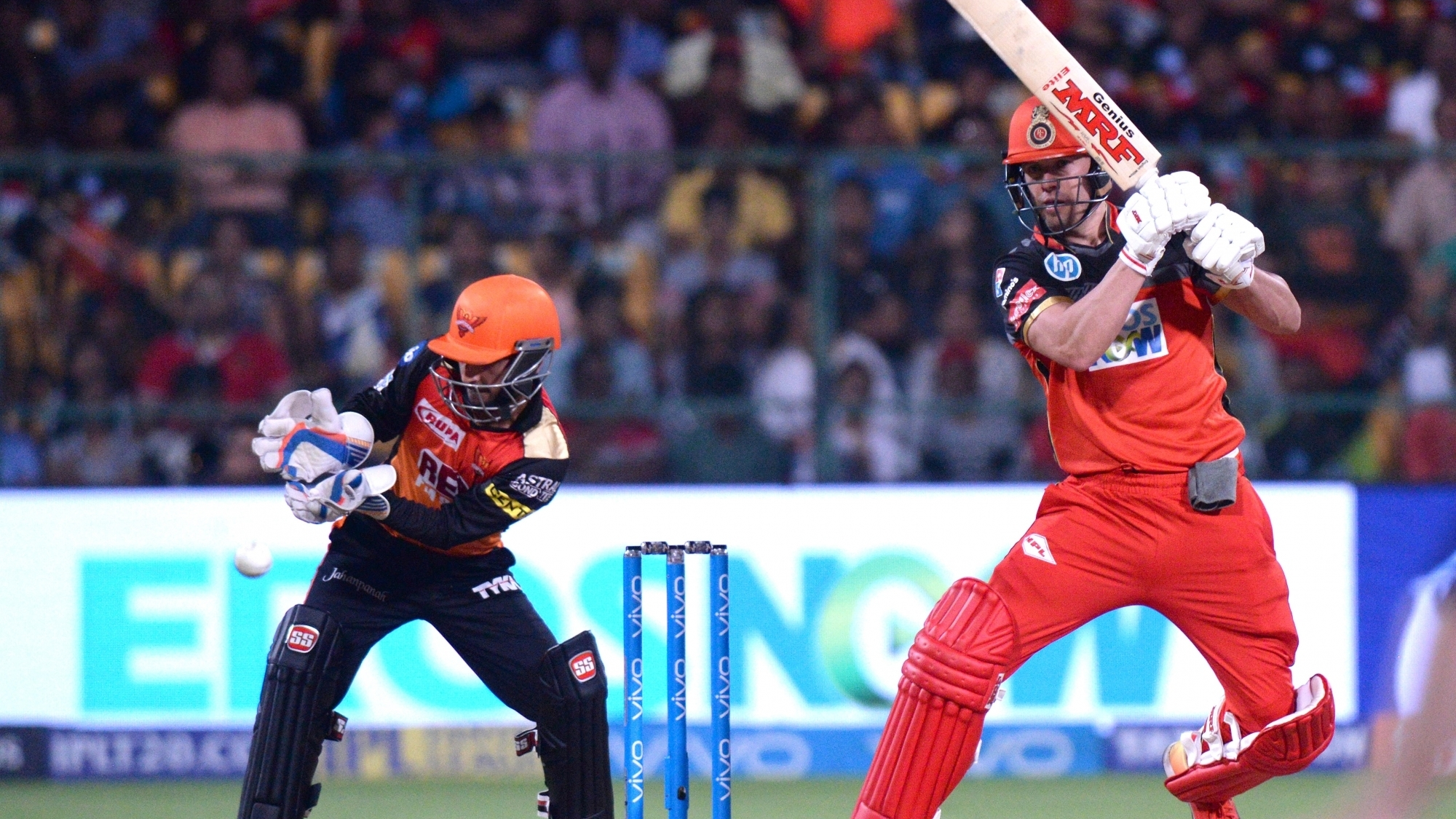 IPL 2018: Twitter reacts as AB de Villiers-Moeen Ali batting clinic put RCB in a commanding position against SRH