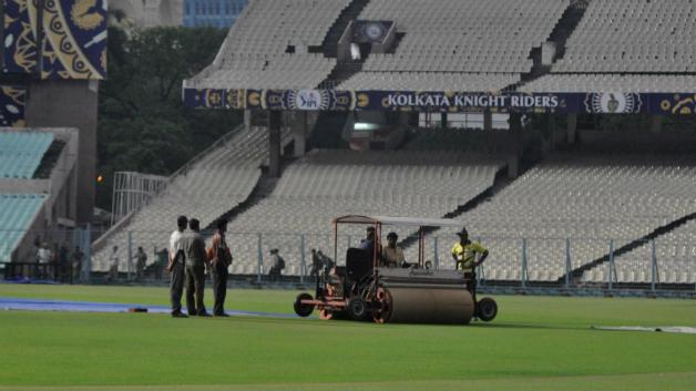 IPL 2018: Eliminator, KKR v RR- कोलकाता में बारिश का अलर्ट जारी, इस टीम को हो सकता है फायदा