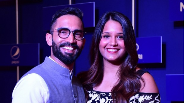 Watch: Dinesh Karthik and Dipika Pallikal prove how well they know each other