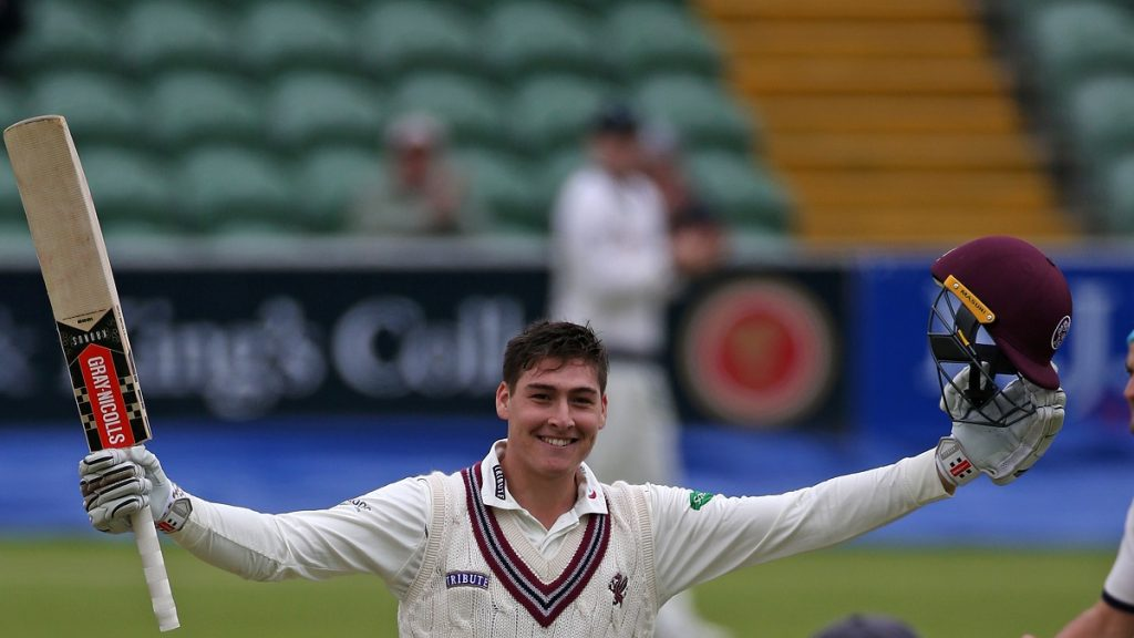 Matt Renshaw's county stint ends with a fractured finger