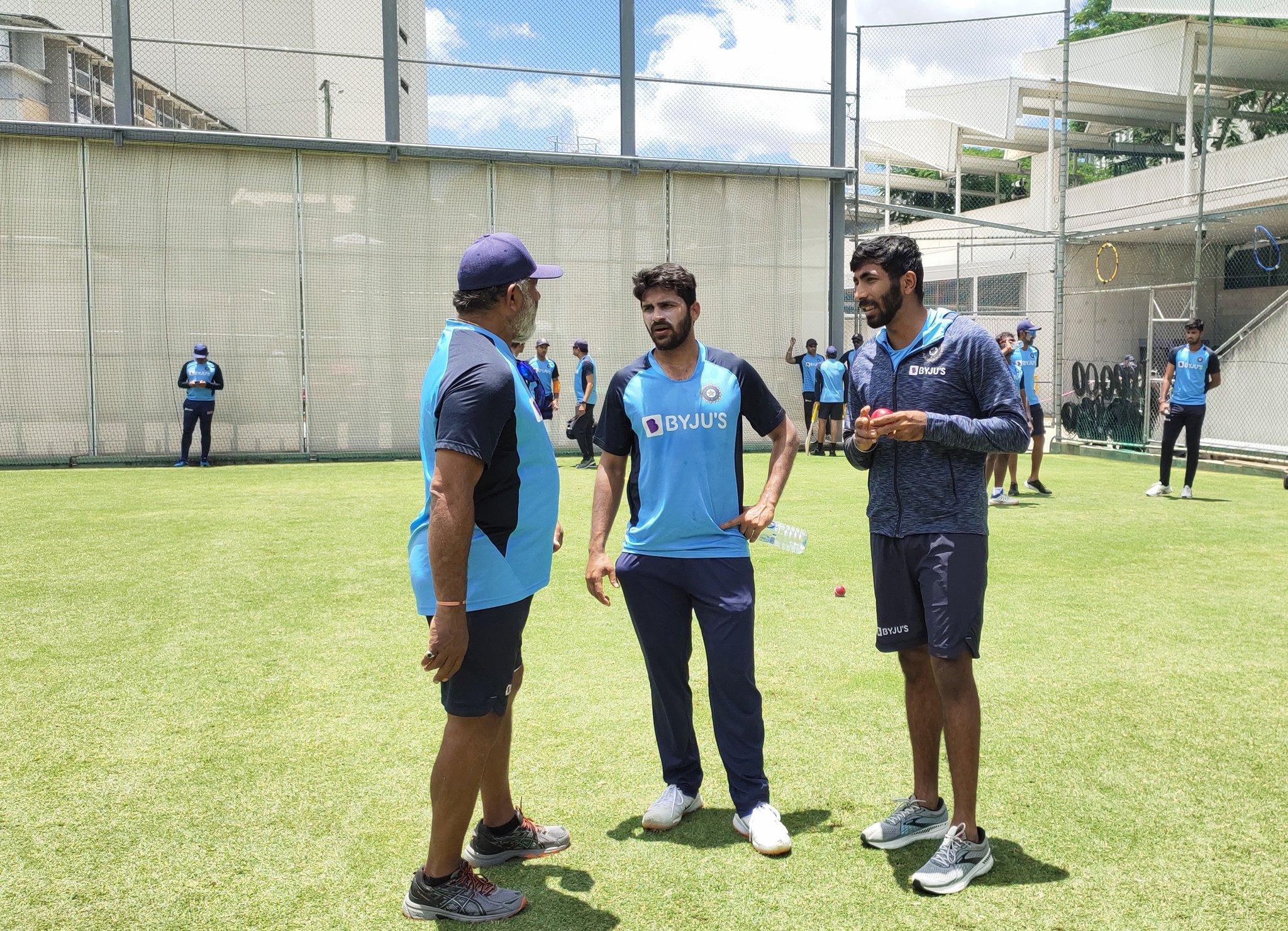 Jasprit Bumrah with Shardul Thakur and B Arun | BCCI Twitter