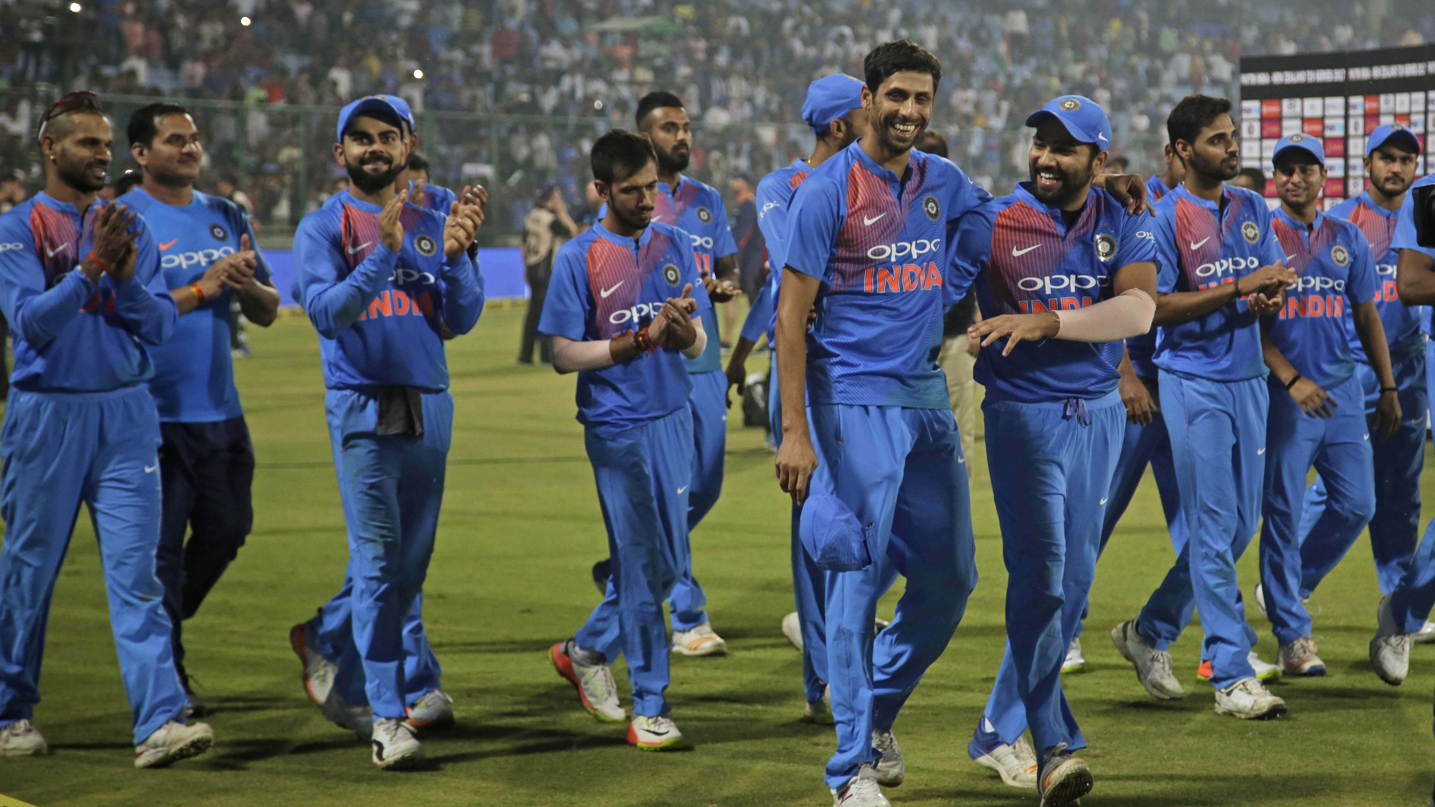 आशीष नेहरा के अनुसार रोहित शर्मा को T20I की कप्तानी सौपना जल्दबाज़ी होगा