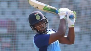 IND v SL 2020: Fans shower appreciation after Sanju Samson included in XI for Pune T20I