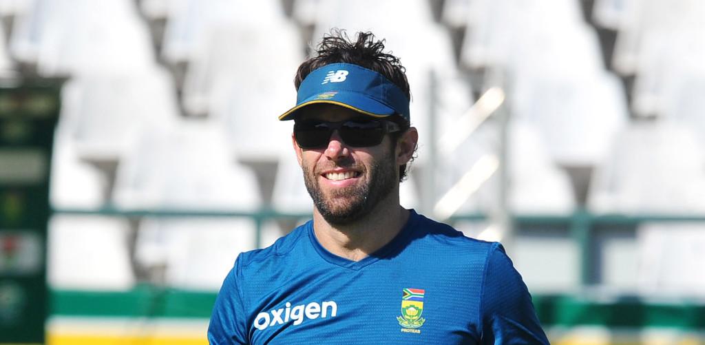 दक्षिण अफ्रीका के बल्लेबाज़ों की मदद के लिए बुलाया गया था पूर्व बल्लेबाज नील मैकेंजी को