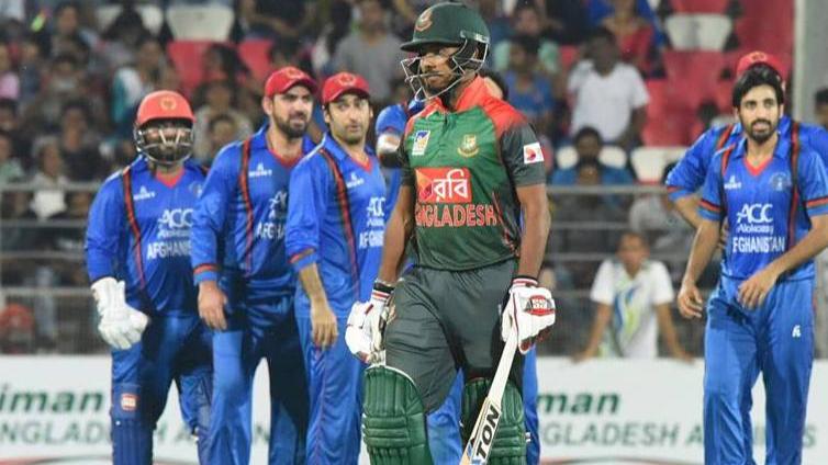 नजमुल हसन के अनुसार अप्रत्याशित आजादी बांग्लादेश के प्रदर्शन को कर रही हैं प्रभावित