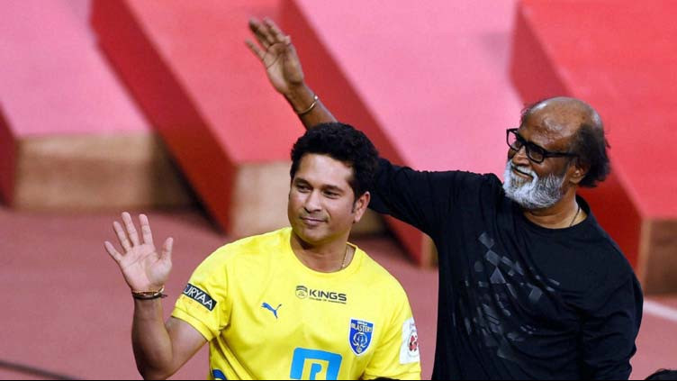 सचिन तेंदुलकर ने तमिल सुपरस्टार रजनीकांत को दी जन्मदिन की शुभकामनाएँ और मिला ये जवाब