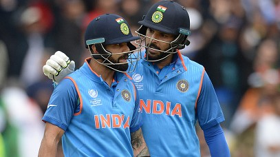 """Uparwaale ke diye sab din mehr hain paji"", Kohli replies to Yuvraj's sarcastic birthday wish"