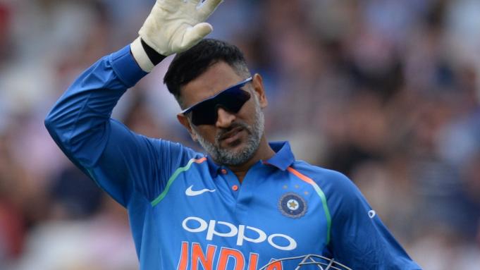 IND v BAN 2019: बांग्लादेश के खिलाफ डे-नाइट टेस्ट में कमेंट्री नहीं करेंगे महेंद्र सिंह धोनी