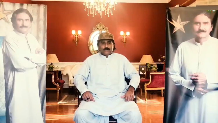 WATCH: Javed Miandad sends warning to a talk show over him being mimicked in an insulting way