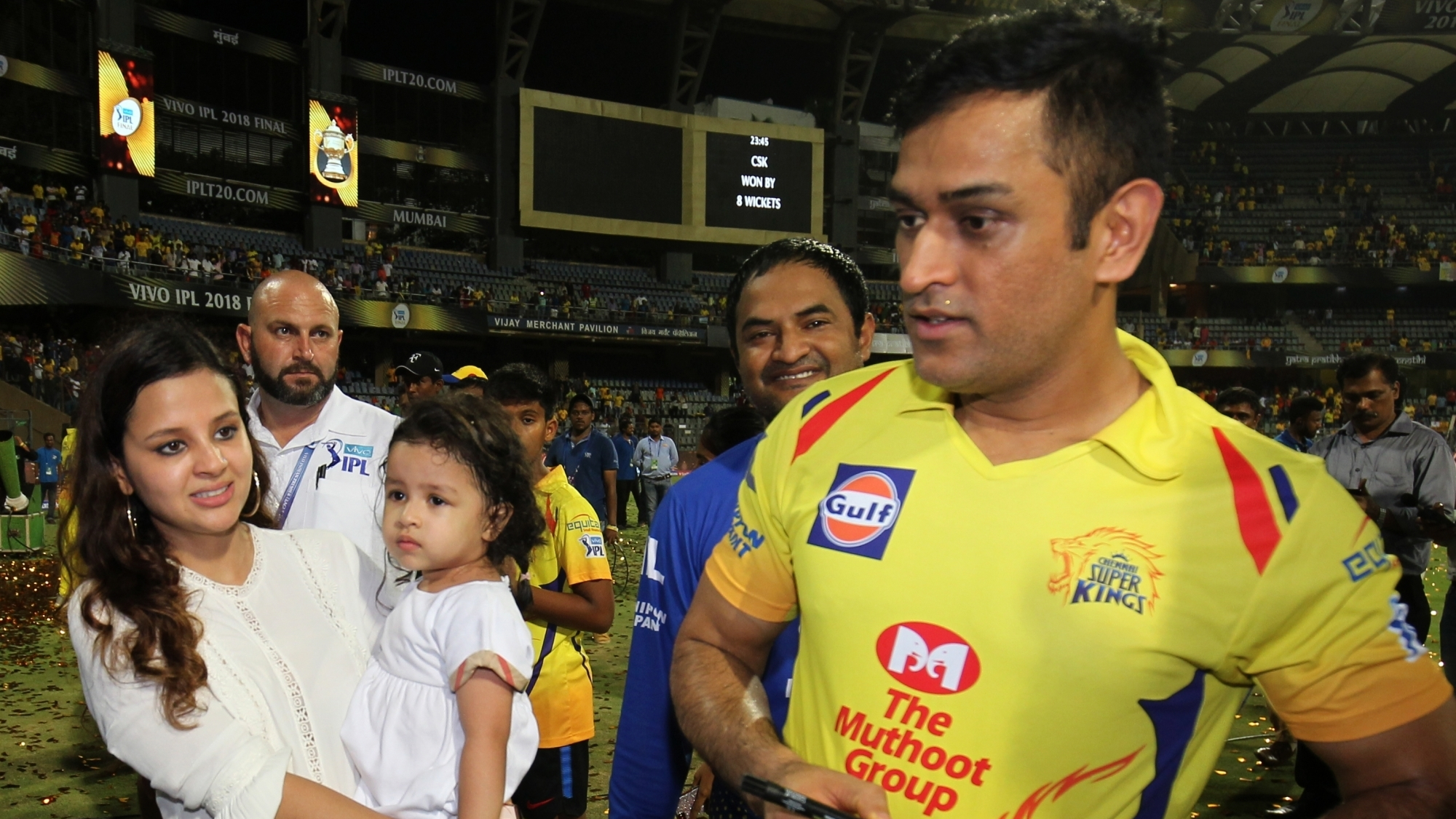 IPL 2018: MS Dhoni celebrates winning IPL title with little Ziva
