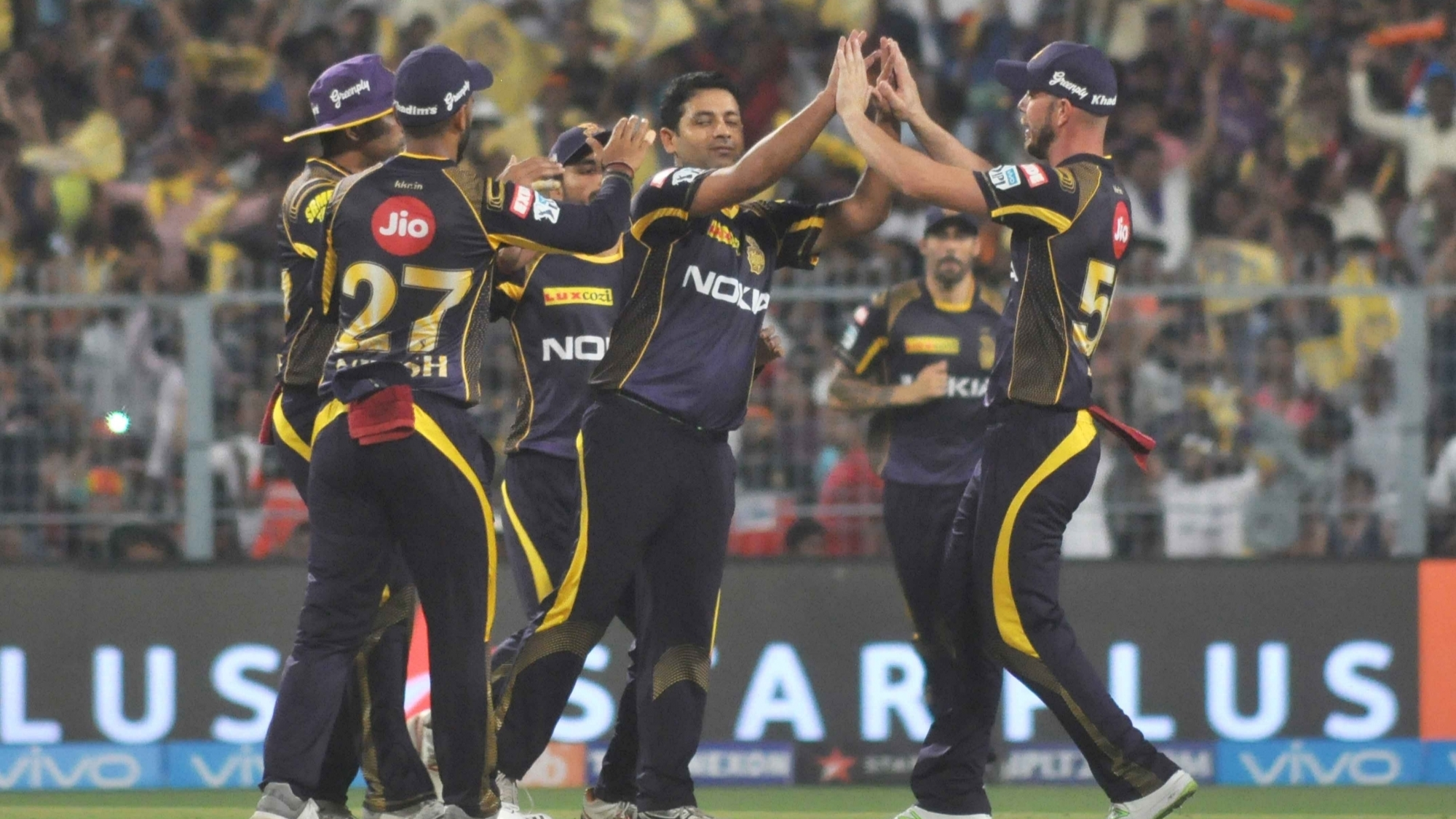 IPL 2018: Twitteratis hail Kolkata Knight Riders' stellar show against RCB